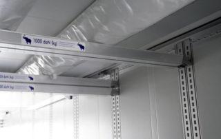 Camion refrigeratore a due piani di stoccaggio